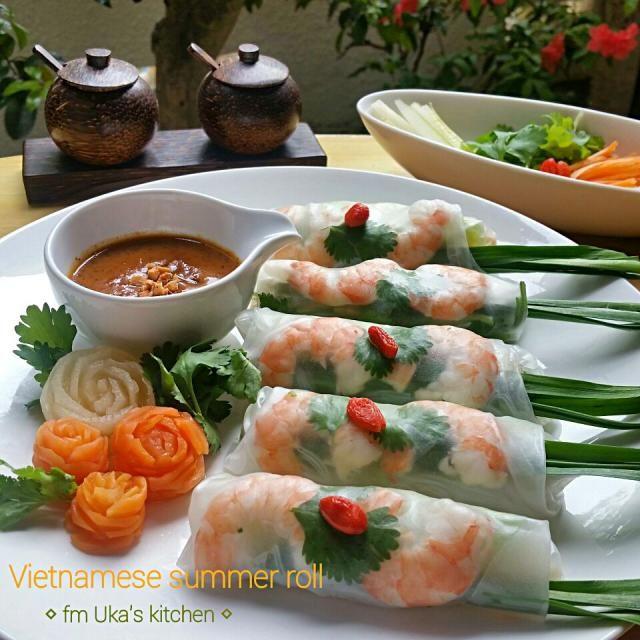 大好きなベトナム風生春巻 具材にはパクチー&ミントをたっぷり 春巻きよりソースに手間かけてるかもです(^^;(^^; - 312件のもぐもぐ - こだわりピーナッツソースで【*☆ベトナム風生春巻☆*】 by Uka1104