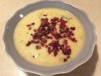 Hurtig, nem og super lækker kartoffel-porre suppe med bacon - Rikkes Rester