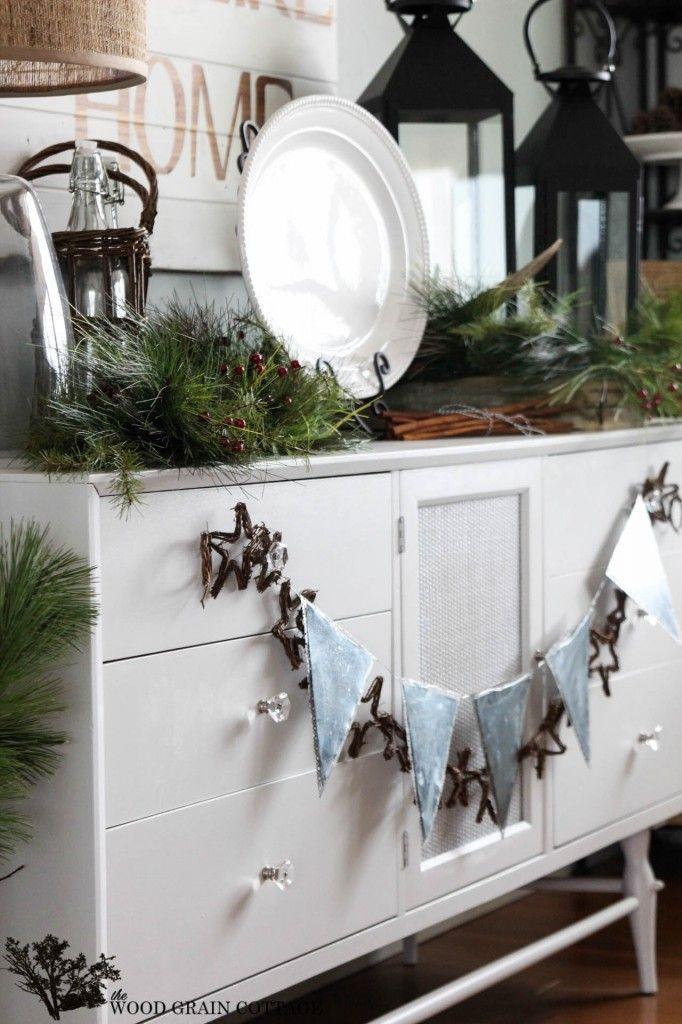 Christmas Home Tour - The Wood Grain Cottage