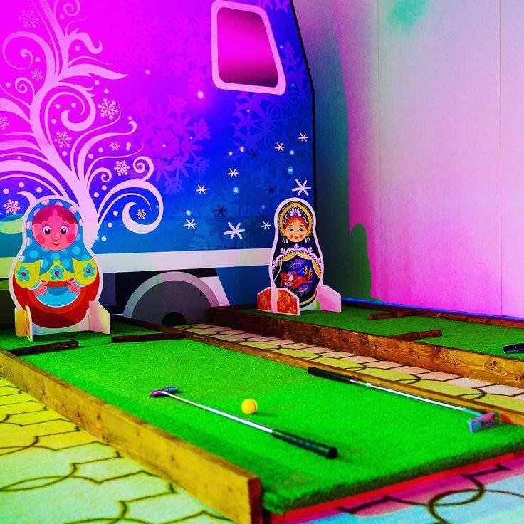 Заморская игра с русским акцентом: ярмарочный мини-гольф.  На заметку - к Масленице!.. #масленица #масленица2017 #русскийстиль #арендааттракционов #организацияпраздников #народныегуляния #организациямероприятий #праздник #аттракционываренду #аттракционы #гольф #минигольф