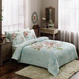Tac Clementine albastru - lenjerie de pat din bumbac ranforce Avantaje: - bumbac de calitate foarte buna - tesatura ranforce (oferta un raport calitate pret foarte bun) - model floral