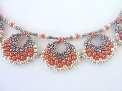 FREE beading pattern for Peyote Fan Earrings - BeadDiagrams.com