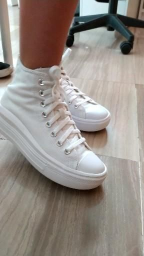 #converse #zapatillas High Tops, High Top Sneakers, Outfits, Fashion, White Sneakers, Zapatos, Converse Shoes, Products, Style