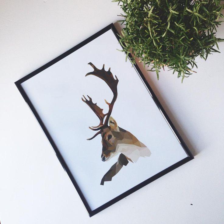 Stag poster. Get it at my shop. Link in bio ⬆️ #stag #deer #hjort #illustration #poster #plakat #print #art #grafiskdesign #graphic #graphicdesign #geometricart #geometric #polygonic #polyart #nordic #wallart #minimalistic #simple #home #indretning #decor #interior #interiør #design #etsy #etsyshop #nordster