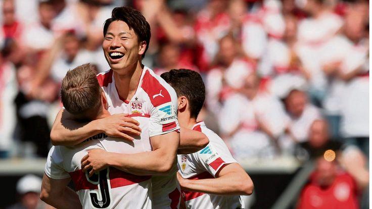 Derbysieger, Derbysieger, hey, hey! Nach fünf sieglosen Spielen in Serie schafft der VfB den Befreiungsschlag, stürmt zurück an die Spitze.
