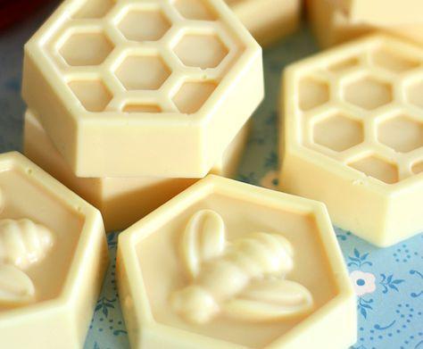 Мыло из основы с медом своими руками за 10 минут