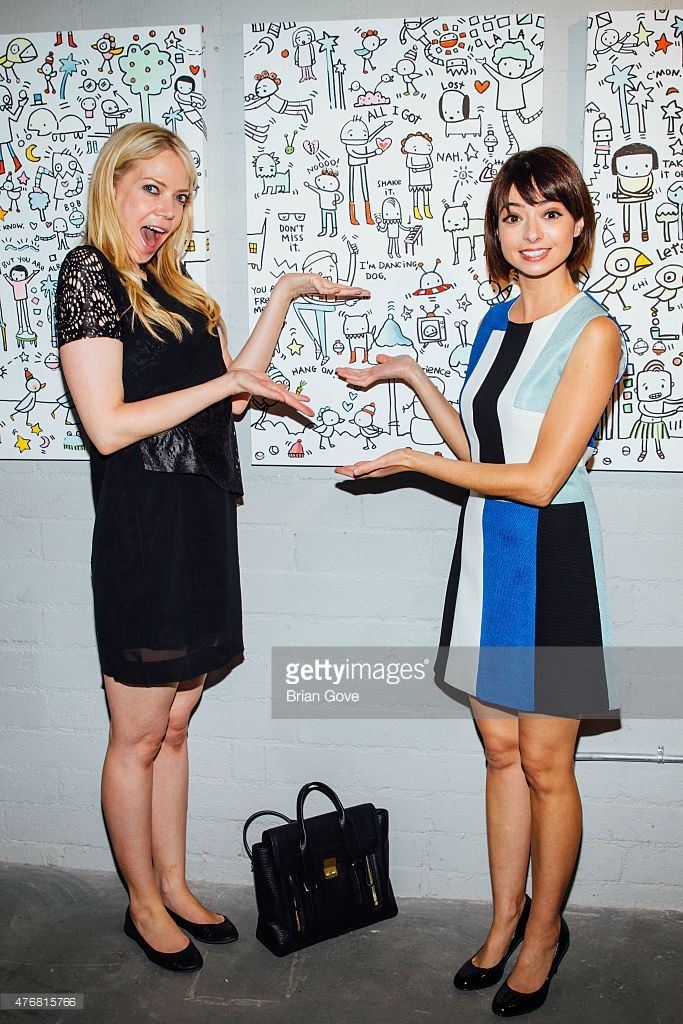 G&O - Riki Lindhome and Kate Micucci attend Kate Micucci's Art Show at Flood Magazine…