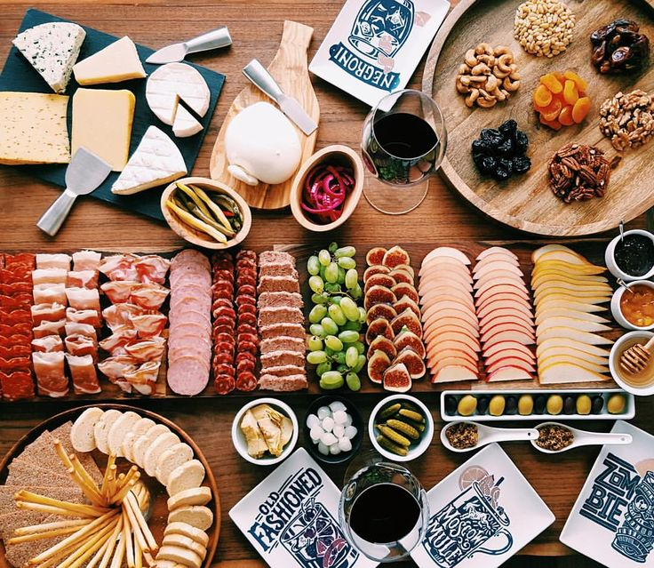 Love to impress your guests? We've partnered with @mamapakskitchen to demonstrate how to make a #charcuterie board with wow factor. Some assembly required. Click the link in our bio to get the #howto.