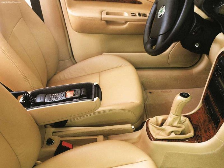Skoda Octavia Elongated L and K - Interior