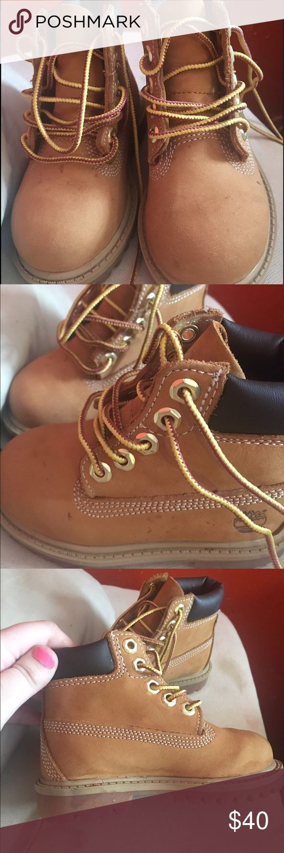 Timberland wheat Original timberland boot for toddler boys and girls, small stains unnoticeable when worn. No creases 9/10 condition Timberland Shoes Boots