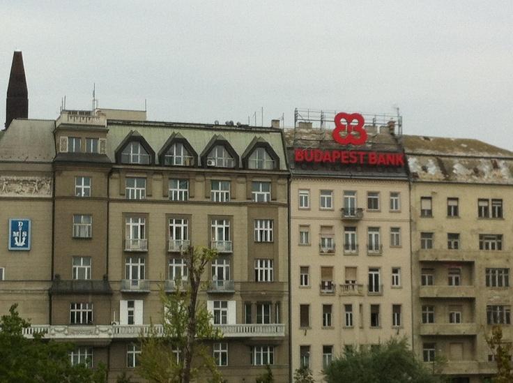 A un lado del Danubio