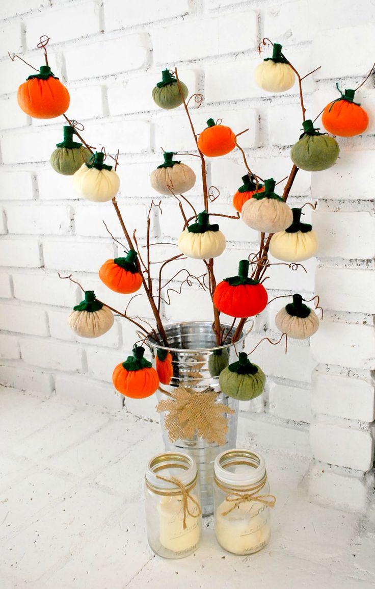 DIY Mini Pumpkin Tree for Fall | Happy Crafting | Blitsy