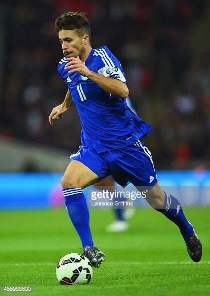 456988600-matteo-vitaioli-of-san-marino-in-action-gettyimages.jpg (422×594)