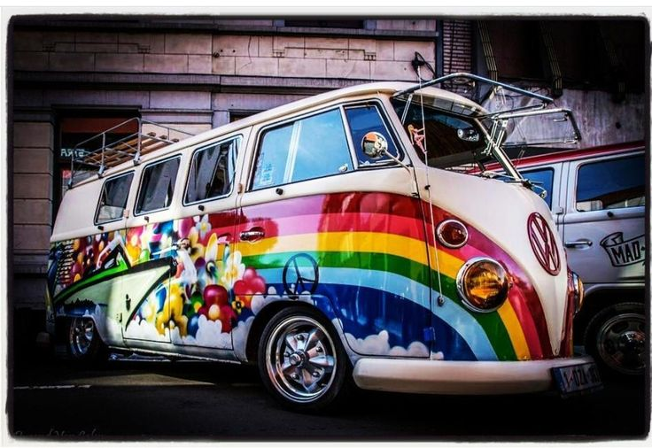 What a Beauty ❤ rainbow vw bus