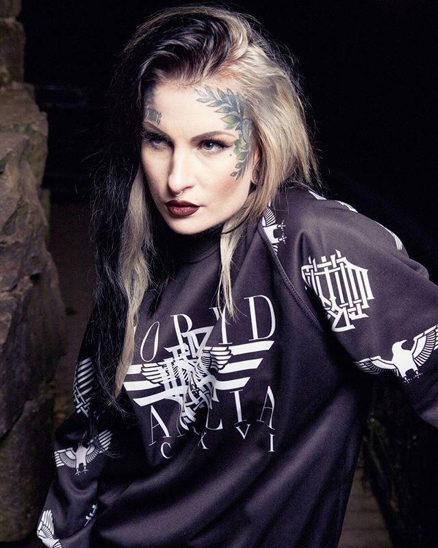 """Corvid Fam"" Raglan Sweashirt Available at www.crmc-clothing.co.uk | WE SHIP WORLDWIDE Models - @lusylogan Photography - @adrianianmcnab #darkwear #need #blackwear #want #cozy #altfashion #alternative #niche #fashionstatement #fashiongram #fashionista #instastyle #stylegram #iloveblack #womenwithtattoos #winter #winterfashion #styles #style #alternativeguy #alternativeboy #alternativegirl #alternativeteen #instagrammers #instafamous #igers #love #girlswithtattoos #lusylogan #tattooedwomen"