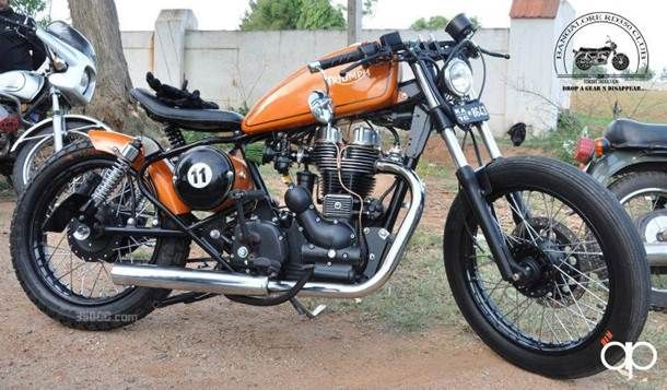 Buy-Custom-Royal-Enfield-Bobber-is-up-for-sale-001