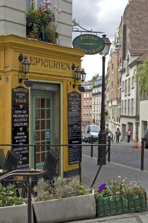Montmartre Quarter, Bistro l'Épicurien, 86 bis rue Lepic, Paris XVIII. La French Touch