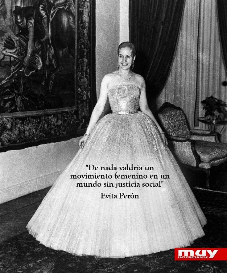 Eva Perón murió el 26 de julio de 1952. Recopilamos 10 de sus mejores frases aquí: http://dld.bz/duJ3t pic.twitter.com/qIIfEShHXy
