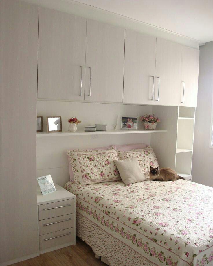 25 beste idee n over kleine slaapkamer indelingen op pinterest slaapkamer lay outs decoreren - Slaapkamer lay outs kindje ...