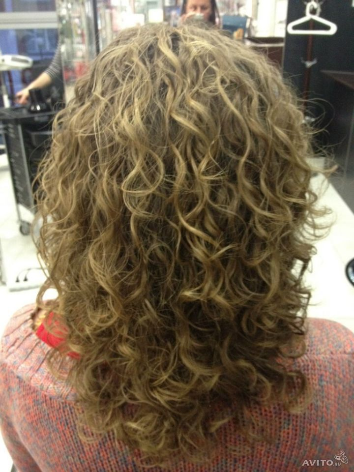 beautiful loose, even curl in this perm
