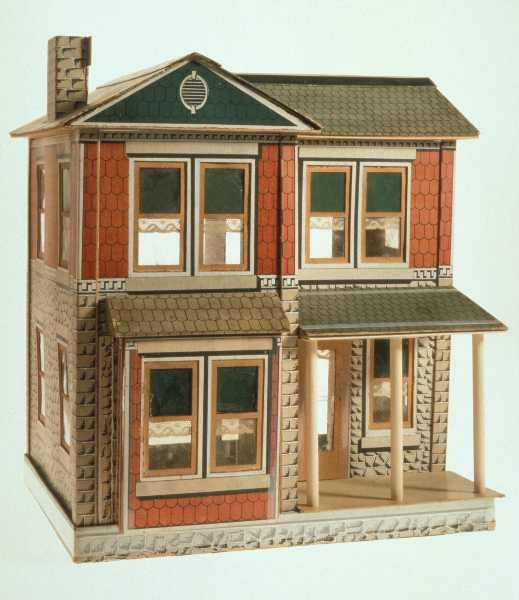 Leeds Toy House   Source: Virtual Museum of Canada