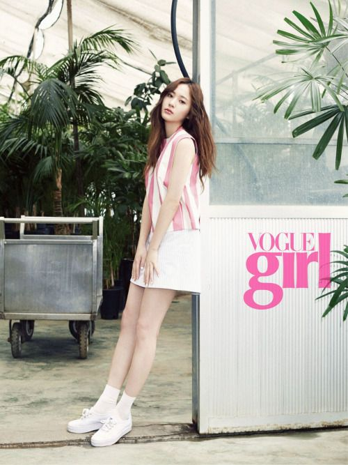f(x) Krystal - Vogue Girl Magazine May Issue '15
