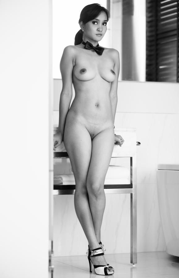 Indonesian girls nude art