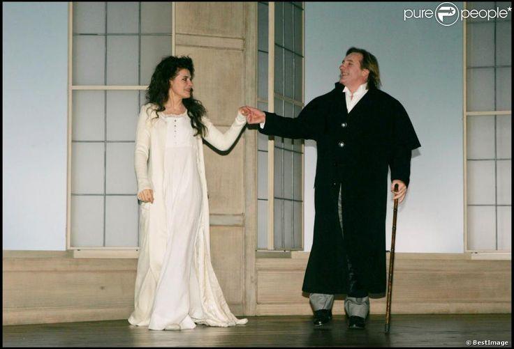 Gérard Depardieu et Fanny Ardant dans la pièce La Bête de la jungle à Paris en 2004 (théâtre de la Madeleine)