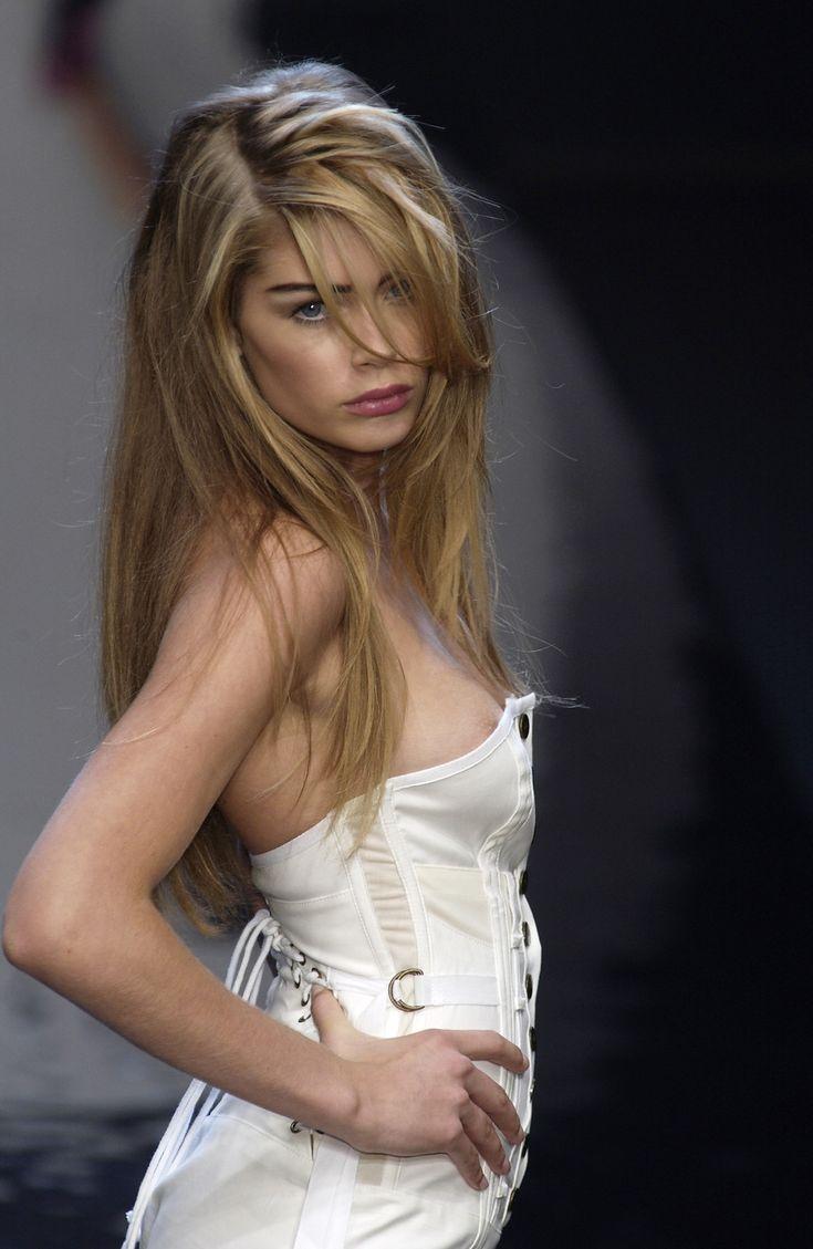 ZsaZsa Bellagio  Photo   Doutzen kroes, Feminine beauty, Blonde girl
