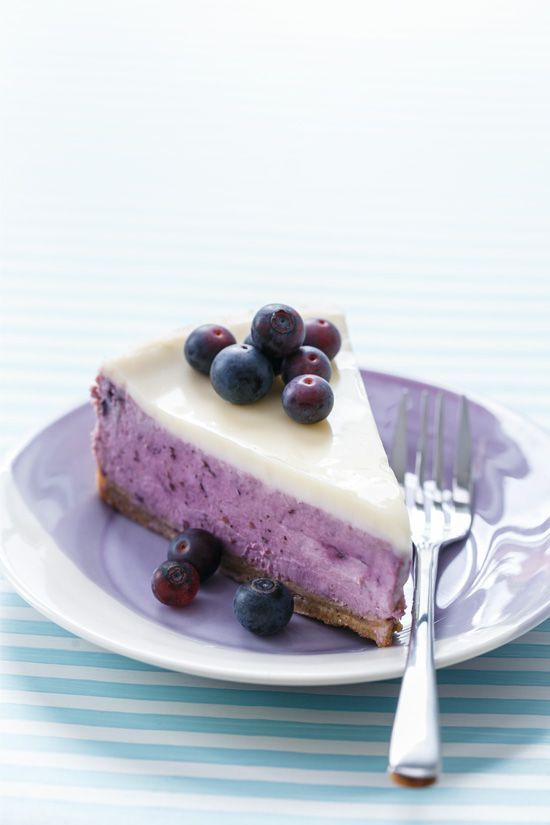 Roasted Blueberry Crème Fraîche Cheesecake
