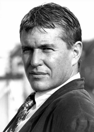Tom Berenger.  Don't ask, I don't actually know.  I think he reminds me of someone long in the past.  But I have loved him throughout the decades and always will !!