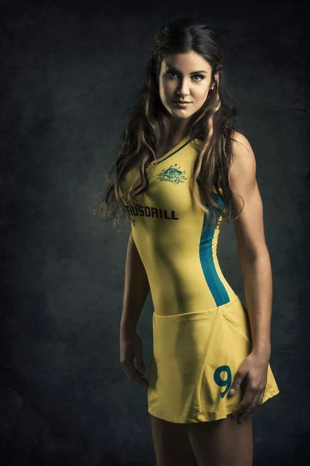 Anna Flanagan Australian Hockey Player at the Commonwealth Games 2014, Glasgow. Gold Medal . My Idol❤️. We Love Field Hockey ❤️