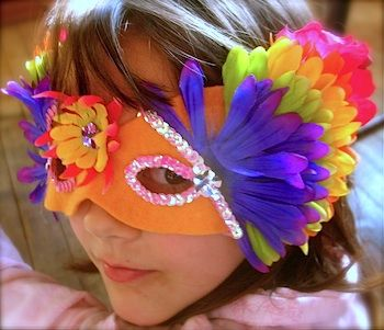 Masks for Mardi Gras from The Crafty Crow (photo from http://twigandtoadstool.blogspot.com/2011/03/mardi-gras-masks.html)