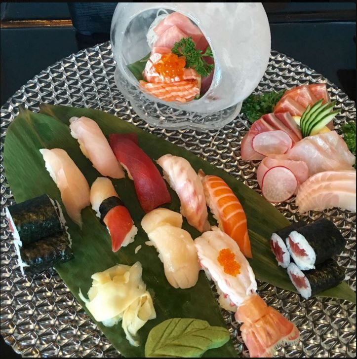 Deluxe Sushi Sashimi with Ice Ball