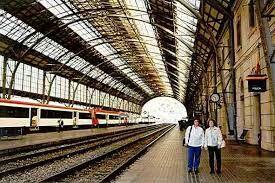 Train station - Estacion del tren