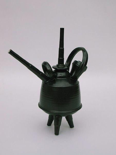 Ian Rylatt - Teapots, Voyager http://www.rylatt.co.uk/