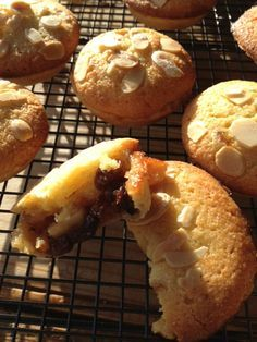 Paul Hollywood's Frangipane Mince Pies, made these last year, absolutely beautiful, just a shame for those with nut allergies... oh well, more for me!