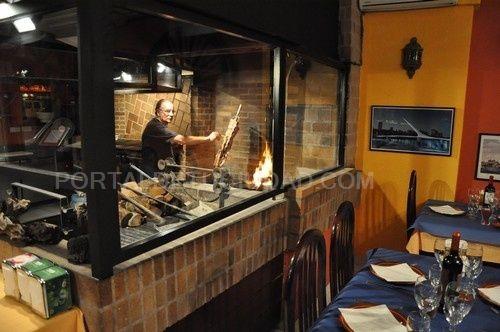 """Restaurante """"Las Leñas Asador""""  Parrilla Argentina"""