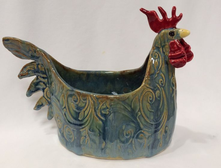 Ceramic chicken pot