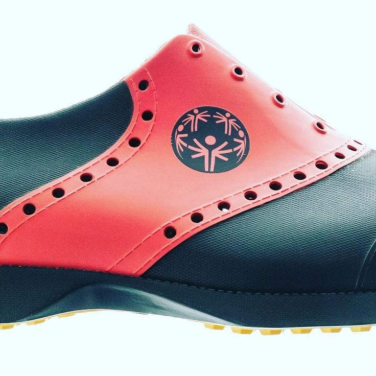 We recently made some good friends. Hats off to all the athletes at the North American Special Olympics Golf Championship!  . . . . @specialolympicsontario @specialolympicsbc @specialolympics #specialolympics2017 #biionfootwear @biionfootwear  @biionkorea