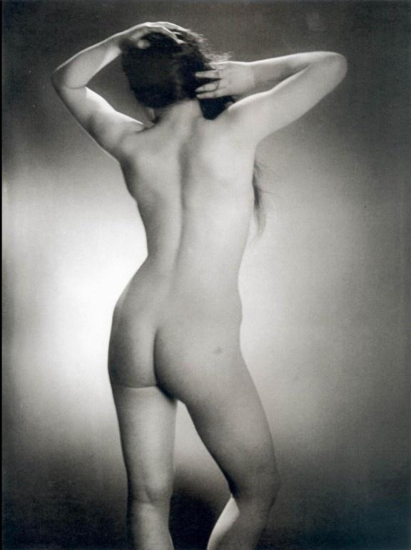 """Man Ray: """"La búsqueda de la libertad y el placer; eso ocupa todo mi arte"""""""