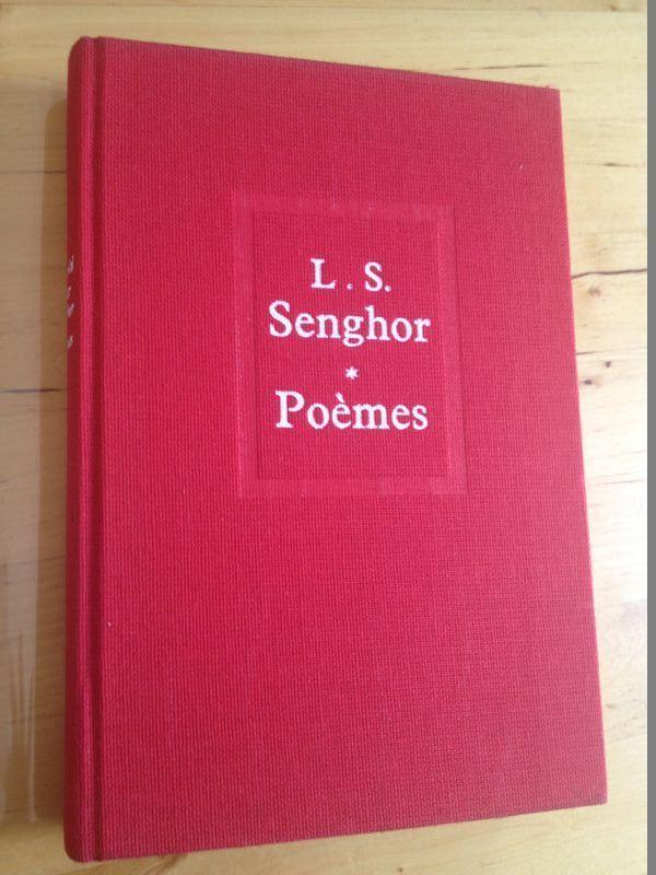 #littérature #poésie #idée_cadeau : Poèmes de Léopold Sédar Senghor. Seuil, 1964. Imprimé en 10/1983. 286 pp. reliées.
