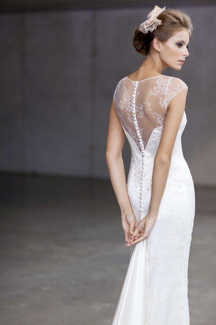 Unieke bruidskleding, bruidsjurken en trouwjurken bij Dianna David - Dianna David - Meise  This is literally my DREAM dress