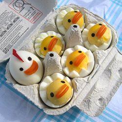 Hard Boiled Egg Chicks: Baby Chick, For Kids, Boiled Eggs, Easter Eggs, Devil Eggs, Foodart, Food Art, Chicken Eggs, Easter Ideas