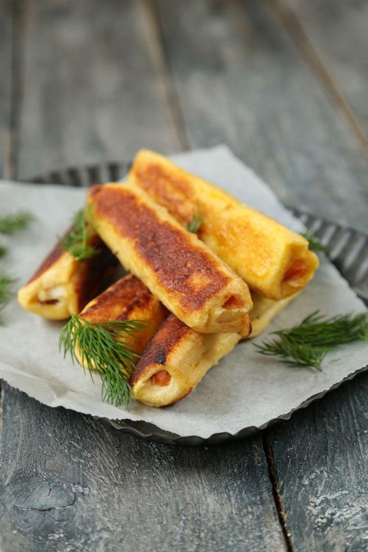 """On dine chez Nanou   Petits rouleaux de pain perdu au saumon , citron et aneth           Sur mon tableau Pinterest """"breads and brioches"""" , j'avais mis de côté le pain p..."""
