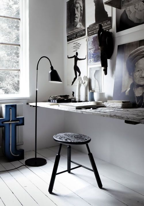 work space: Design Interiors, Interiors Design, Work Spaces, Black White, Workspaces, Desks, Floors Lamps, Home Offices, Stools