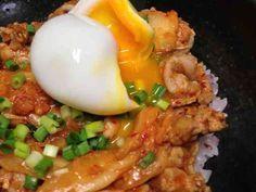 簡単激ウマ味噌豚キムチ丼♫の画像