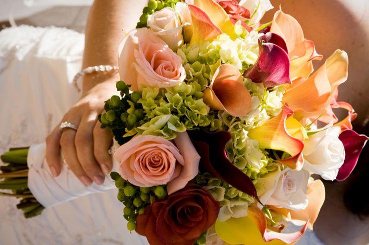 Golden Gate Studios  #flowers #bouquet #wedding