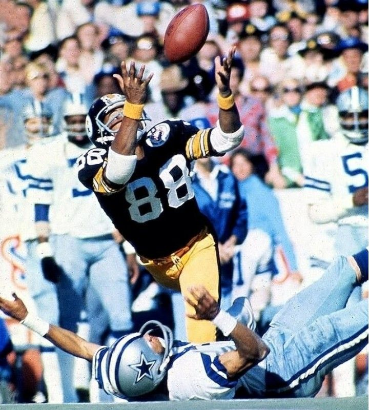 Pin by HASSAN GILCHRIST on CATCH KINGS Nfl photos