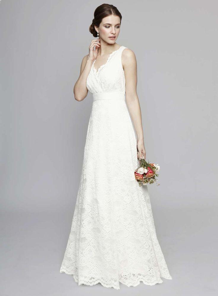 Ivory Bella Keyhole Wedding Dress